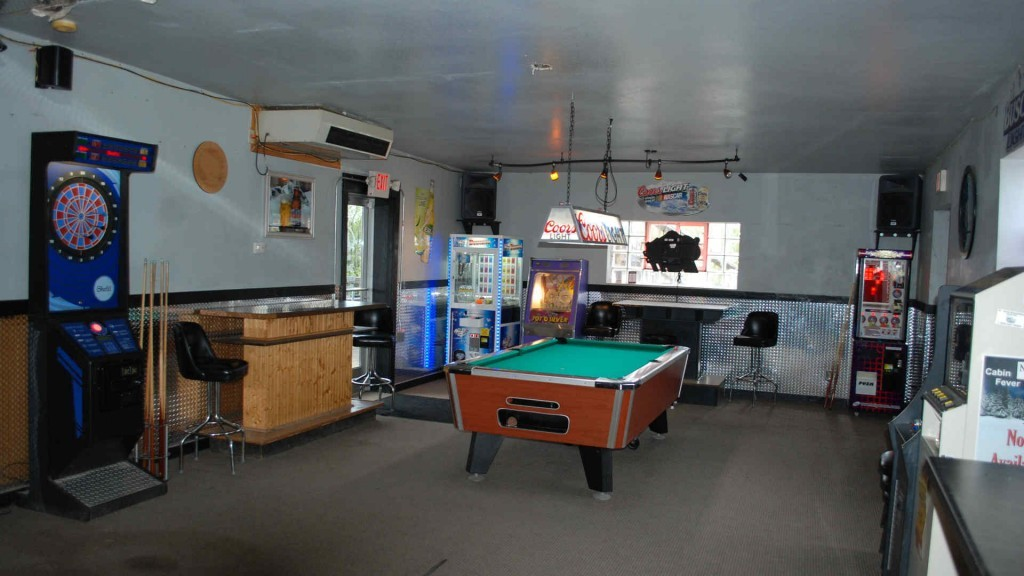Gameroom - I Don't Know Saloon - Bar and Grill, Middle Inlet, WI